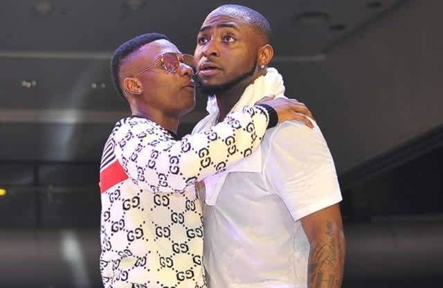 """I'm Way Bigger Than Your Favorite Artiste"" – Davido Mocks Wizkid FC"